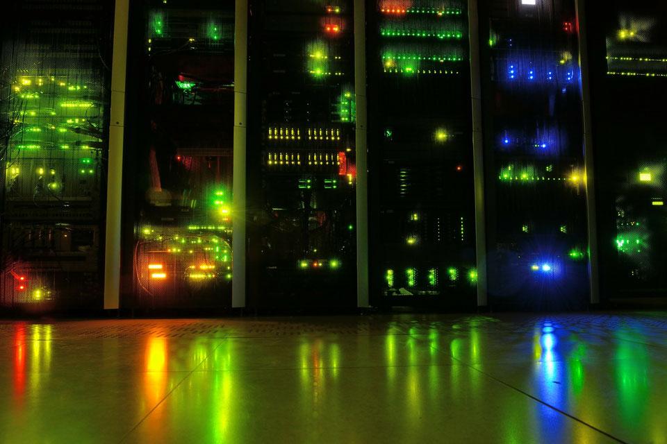 host a game server